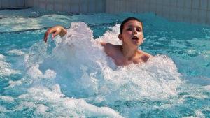 zwemmen_in_zwemparadijs_binnen_partijtje